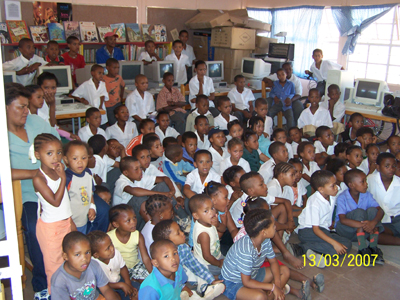 Students and Teachers from The Hotomskloof Primary School in Oudtshoorn in the Western Cape of South Africa.